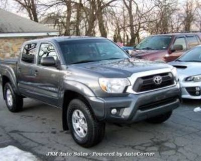 2013 Toyota Tacoma Double Cab 5' Bed V6 4WD Automatic