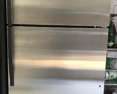 Whirlpool refrigerator with ice machine, Stainless steel, 23 cu ft