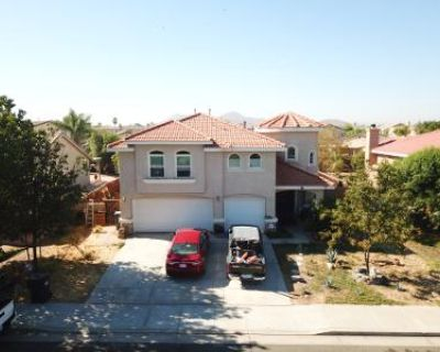 5 Bed 3 Bath Foreclosure Property in Sun City, CA 92585 - Red Apple Rd