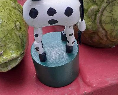 Vintage push-up toy wooden cow