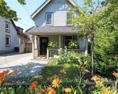 40 Adelaide St, Ottawa, ON K1S 3S1 3 Bedroom House