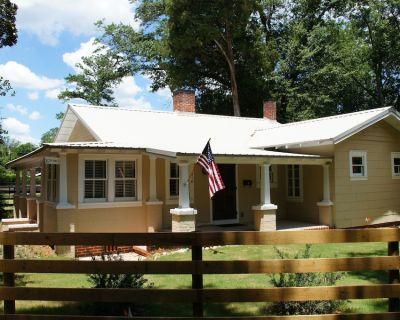 Award winning fully restored 1930's cottage in historic Aiken SC - Aiken