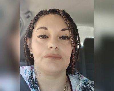 39 year old Female seeks a room