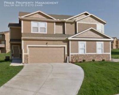 2141 W Forest Dr, Olathe, KS 66061 3 Bedroom House