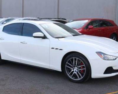 2017 Maserati Ghibli Standard