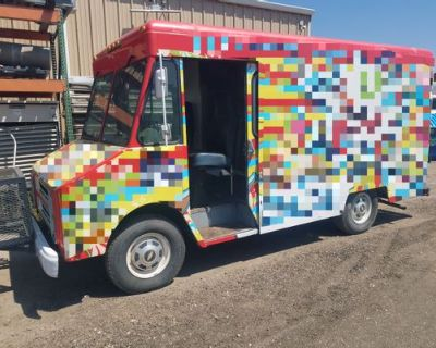 MOVING OUT OF STATE. MUST SELL. $10K FIRM, AS-IS. BOUGHT FOR $8K. PUT OVER $30K INTO IT! - GMC / STEPVAN P-30 / 1993