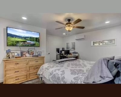 Room for rent in Alcott Street, Jefferson Park - A Place to call home