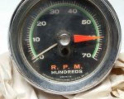 Sun SST-70 Super Tach 7,000 RPM Green Face Chrome Cup GASSER