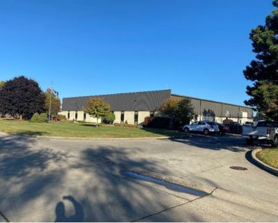 Office/Warehouse South Indy Metro