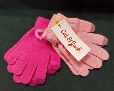 NWT finger mitts with tech tips