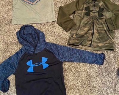 Under Armour size 4 toddler