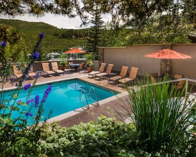 Ski-In 3 Bedroom Condo with Jacuzzi Tub and Balcony! | Outdoor Hot Tub Access - Beaver Creek