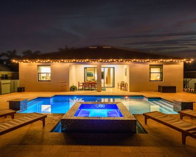 Oasis in SW Florida Near Matlacha Island ~ Private Pool And Hot Tub! - Pelican