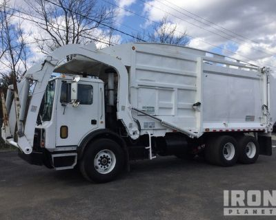 2001 Mack MR690S 6x4 COE Waste Collection Truck