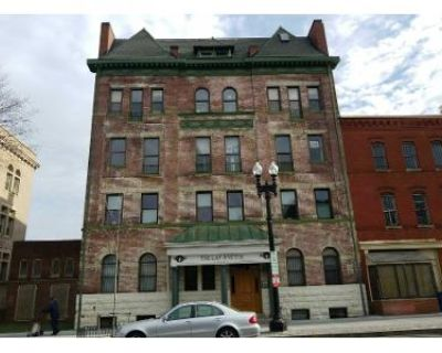 2 Bed 1 Bath Foreclosure Property in Washington, DC 20001 - 7th St NW Apt 1