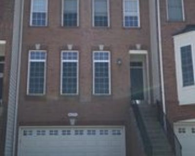 42695 Newcomer Ter, South Riding, VA 20152 3 Bedroom Apartment