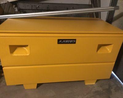 24 x48 Lund jobsite toolbox
