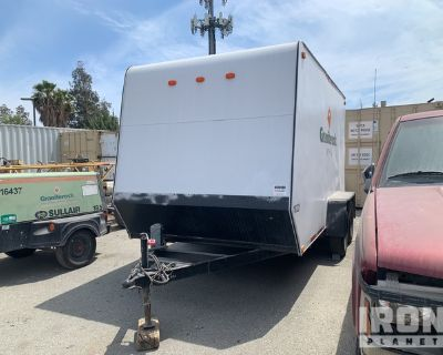 2006 T/A Enclosed Utility Trailer