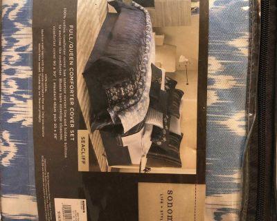 New Sonoma Full/Queen Seacliff comforter cover set.
