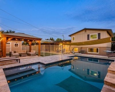 New Spacious OLD Town Casa + Pool - Tempe