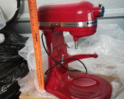 NEW! KitchenAid KV25GOXER Professional 5 Plus 5-Quart Stand Mixer, Empire Red