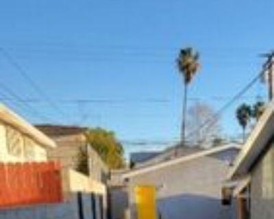 910 1/2 E Brett St, Inglewood, CA 90302 2 Bedroom House