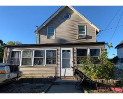 3 Bed 1.5 Bath Foreclosure Property in Onset, MA 02558 - Twelfth St