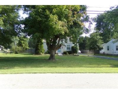2 Bed 1 Bath Preforeclosure Property in Louisville, KY 40214 - Bruce Ave