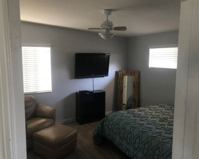 $850 per month room to rent in Indian Wells available from September 21, 2020
