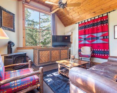 Upper Hollow Pines Cottage-Walking Distance to Sundance Resort - Sundance
