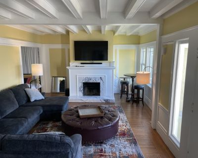 Lake Merritt 4 bedroom house - Cleveland Heights