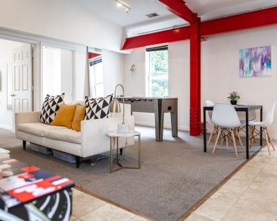 This apartment is a 2 bedroom(s), 1 bathrooms, located in washington, DC. - Georgetown