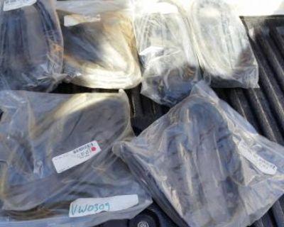 New 65-79 Vent Window Seal Set L/r