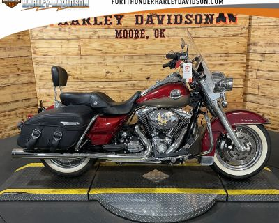 Pre-Owned 2009 Harley-Davidson Road King Classic FLHRC