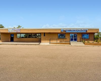 Freestanding Single or Multi-Tenant Office/Retail Building