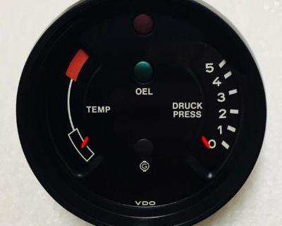 1978 Porsche 911 Oil Temp/Pressure Gauge (Restored