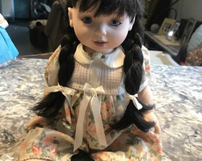 Vintage 1993 Baby So Beautiful doll
