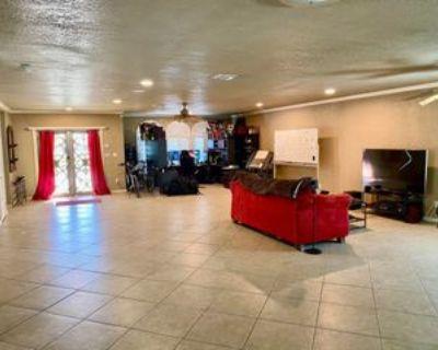 7409 Edgemere Blvd #1, El Paso, TX 79925 3 Bedroom Apartment