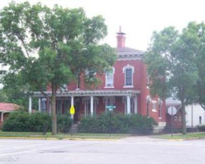 101 101 E 6th St 2A, Winona, MN 55987 2 Bedroom Apartment