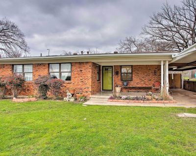 NEW! Pet-Friendly River District Home w/ Fire Pit! - Fort Worth