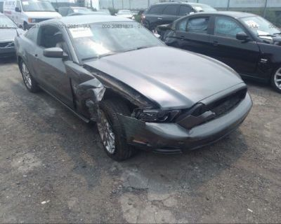 Salvage Gray 2014 Ford Mustang
