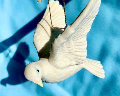 """White Ceramic Dove of Peace - 3"""" x 3"""""""