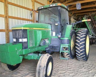 1996 JOHN DEERE 7800 Tractors