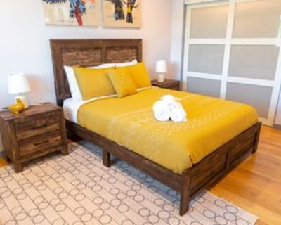 6215 Carpenter Ave #REARHOME, Los Angeles, CA 91606 3 Bedroom House
