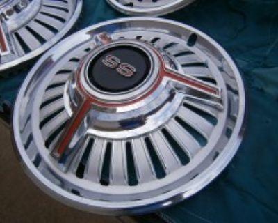 1965 CHevelle Super Sport wheel cover......Exceptional