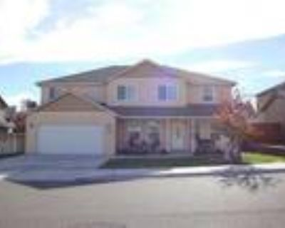 3076 Sq. Ft. Home w/ Fireplace in Master Bedroom!