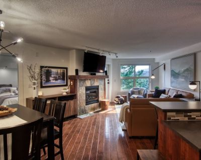 Unique One Bedroom Condo in Upper Village for the Discerning Traveler - Panorama