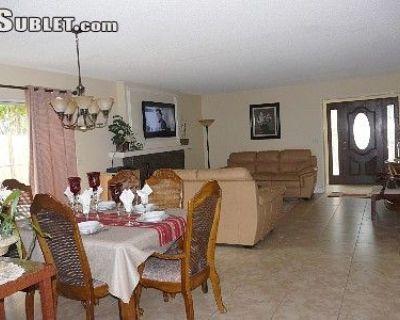 $6000 3 townhouse in Huntington Beach