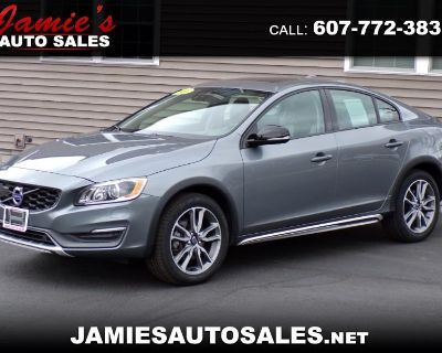 2016 Volvo S60 Cross Country T5 Platinum AWD Sedan