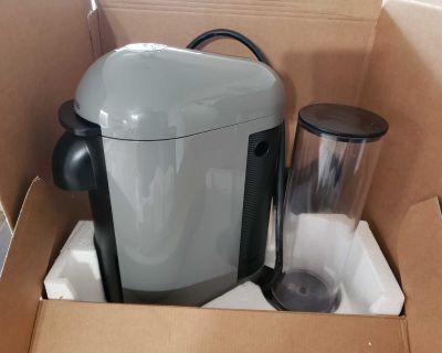 Nespresso maker coffee like new